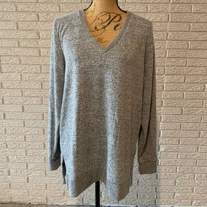 NWT Lucky Brand heather gray v-neck tunic sweater